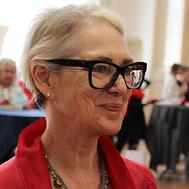 Headshot Sue Turnbull