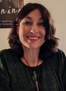 Samantha Battams headshot