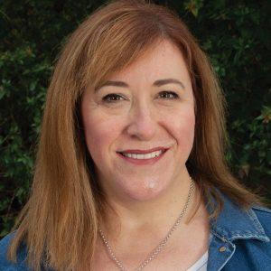 Headshot Kimberley Starr
