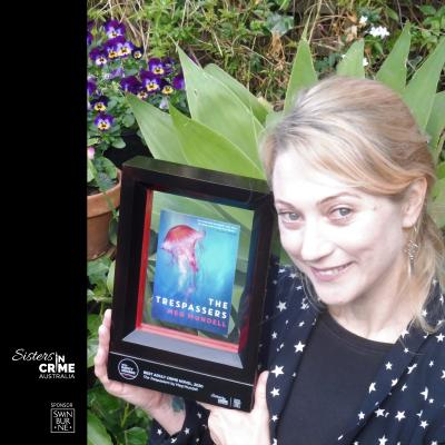 Meg Mundell with 2020 Davitt Award
